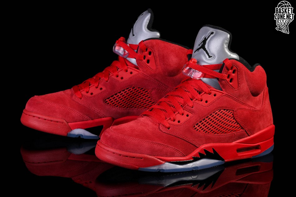 3463d6d07bf6c3 NIKE AIR JORDAN 5 RETRO FLIGHT SUIT price €185.00
