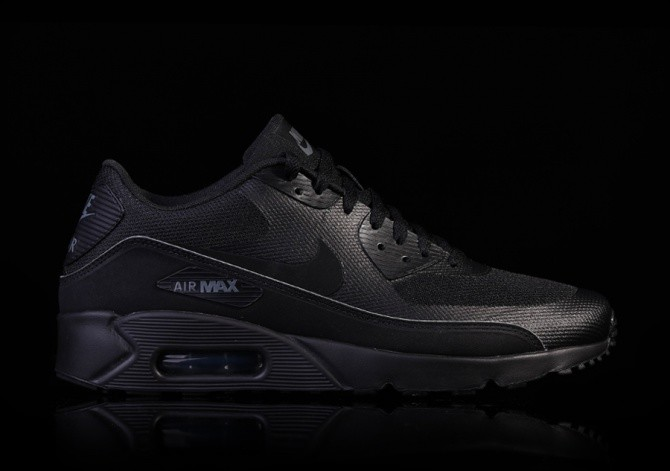 buy online a7d3d 4dc8d NIKE AIR MAX 90 ESSENTIAL BLACK