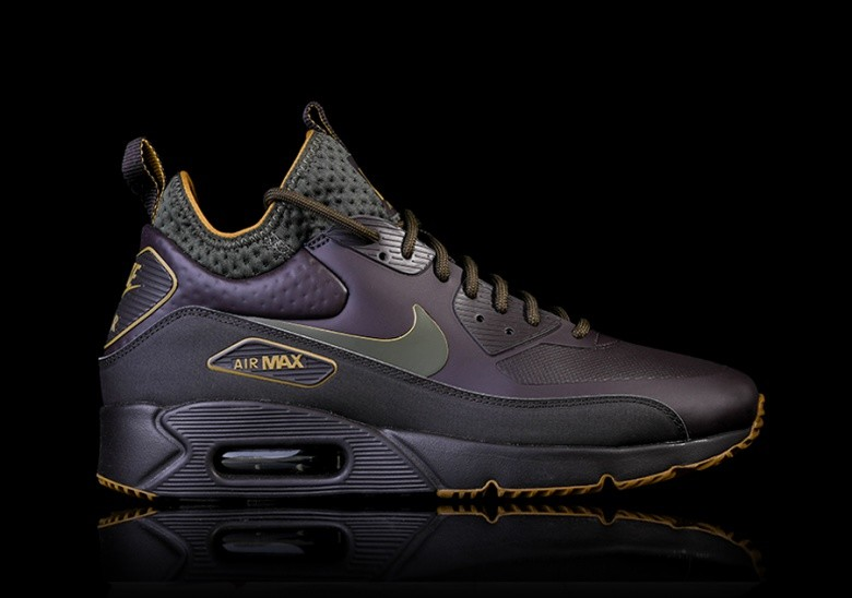 NIKE AIR MAX 90 ULTRA MID WINTER SE VELVET BROWN voor €135