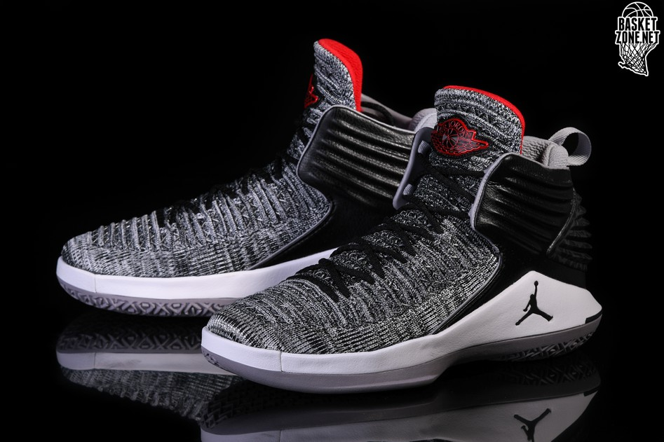 buy popular 725dc 45460 NIKE AIR JORDAN XXXII BG BLACK CEMENT MVP RUSSEL WESTBROOK