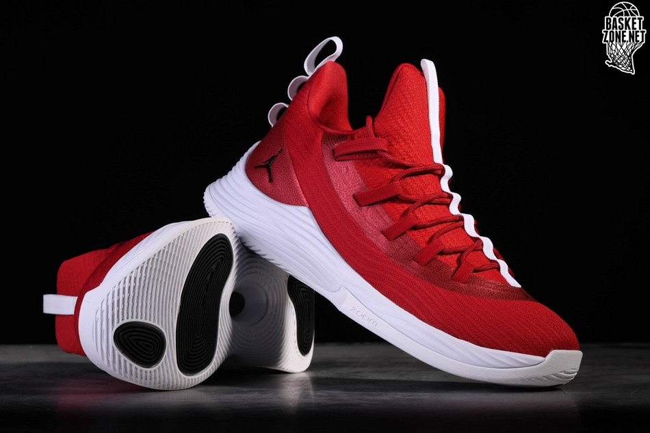 f8adab905bd4d4 NIKE AIR JORDAN ULTRA.FLY 2 LOW GYM RED JIMMY BUTLER pour €97