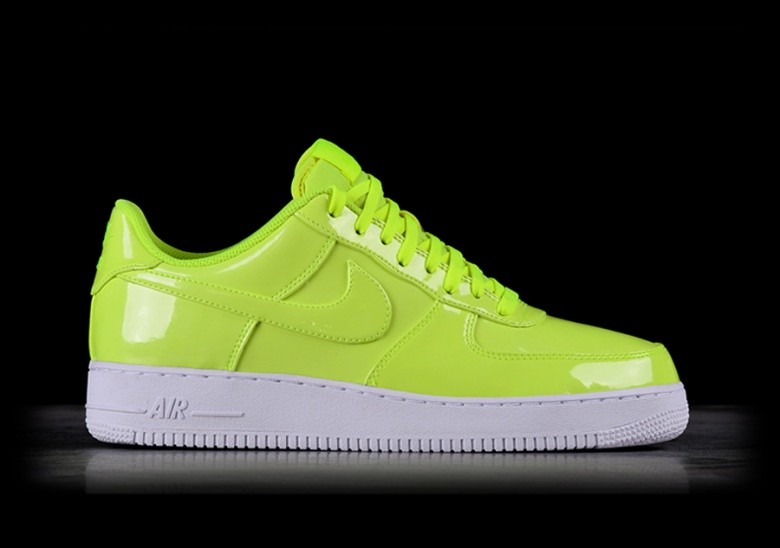 new style 68fc2 3994d NIKE AIR FORCE 1  07 LV8 UV VOLT