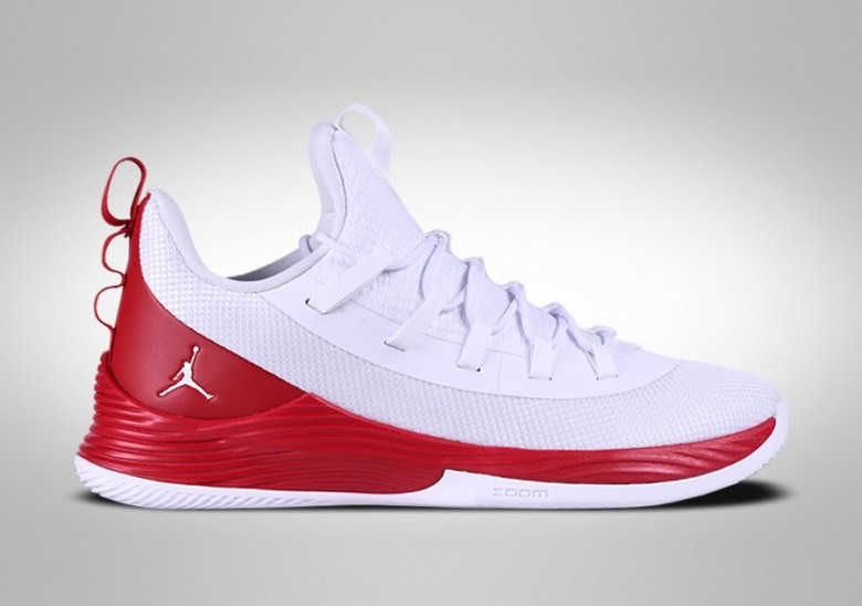 official photos 47638 938e0 NIKE AIR JORDAN ULTRA.FLY 2 LOW WHITE FIRE RED JIMMY BUTLER ...
