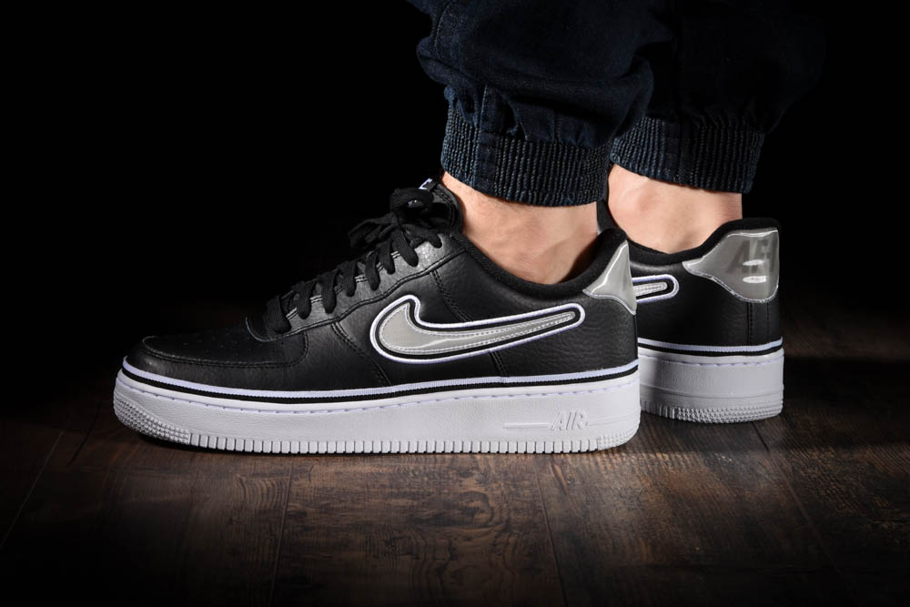 new product e1910 03e4f NIKE AIR FORCE 1 07 LV8 NBA SPORT PACK. Previous Next