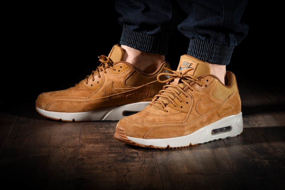 NIKE AIR MAX 90 ULTRA 2.0 LTR for £125.00 |