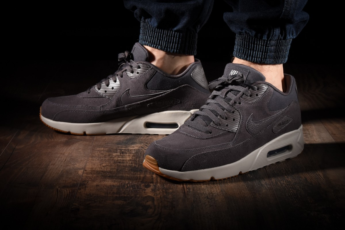 lowest price 32e48 70827 NIKE AIR MAX 90 ULTRA 2.0 LTR for £130.00 | kicksmaniac.com ...