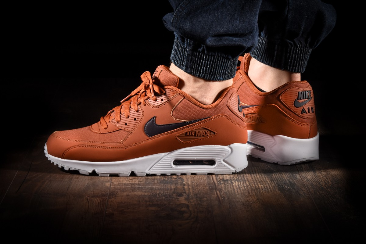 super popular 4f26e 7f153 NIKE AIR MAX 90 ESSENTIAL for 3465.00kč | kicksmaniac.com ...