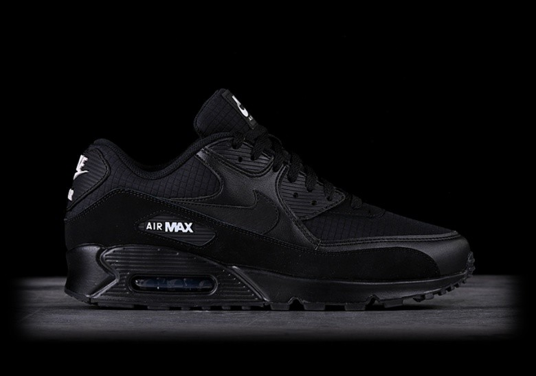 960c84c33a679 NIKE AIR MAX 90 ESSENTIAL BLACK pour €137