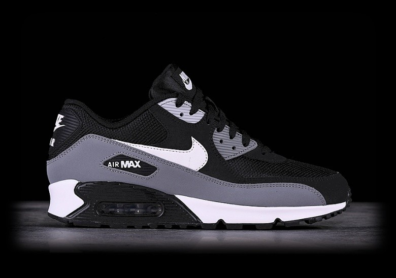 NIKE AIR MAX 90 ESSENTIAL BLACK price €122.50 |