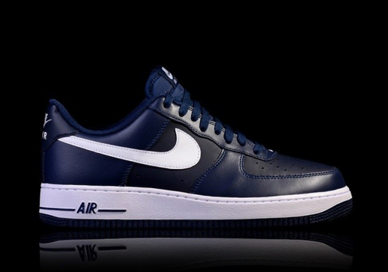 hot sale online f37c5 0fe27 NIKE AIR FORCE 1  07 MIDNIGHT NAVY