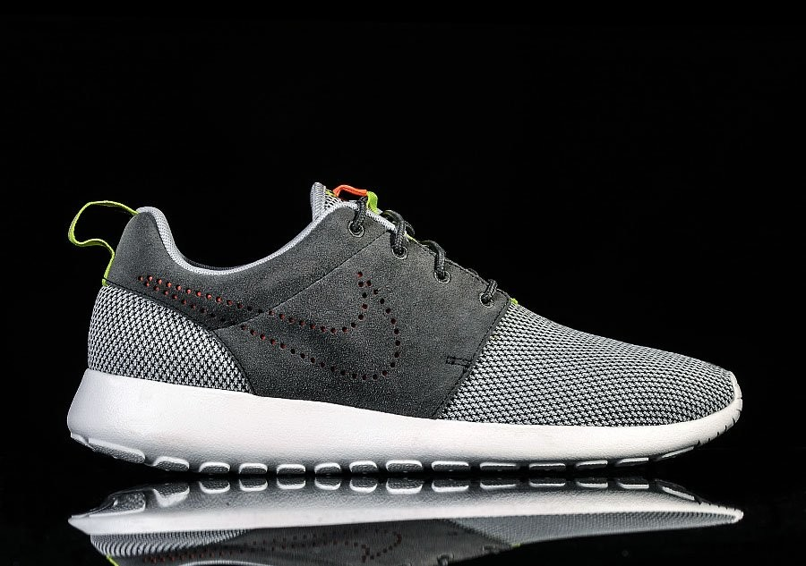 NIKE ROSHERUN DUSTY GREY
